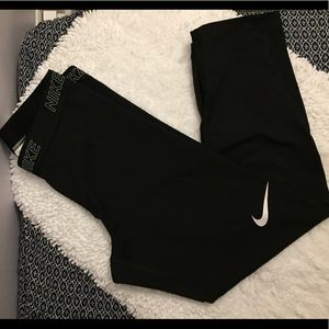 Capri Nike Workout Legging